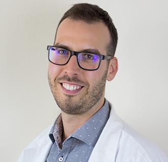 Dr. Kerezsi Eszter